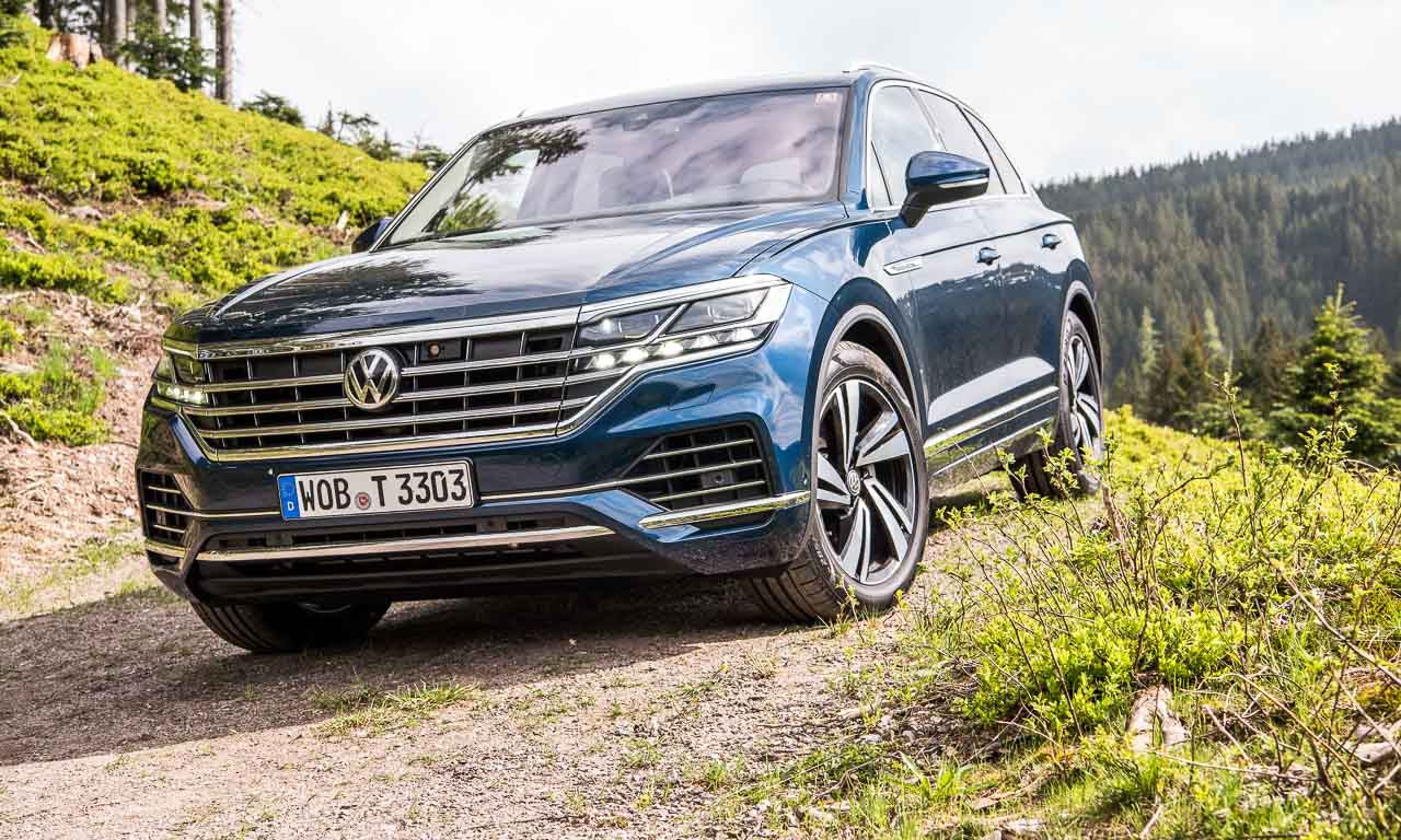 Volkswagen VW Touareg Elegance V6 3.0 286 PS 600 Nm 2018 Fahrbericht Test Aquamarineblau Metallic Salzburg Tirol Benjamin Brodbeck AUTOmativ.de 14 - Fahrbericht neuer VW Touareg 3.0 TDI (286 PS): Dynamischer Schwergewichtsleichtfuß