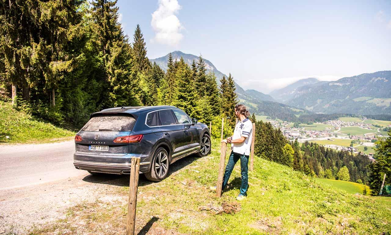 Volkswagen VW Touareg Elegance V6 3.0 286 PS 600 Nm 2018 Fahrbericht Test Aquamarineblau Metallic Salzburg Tirol Benjamin Brodbeck AUTOmativ.de 46 - Fahrbericht neuer VW Touareg 3.0 TDI (286 PS): Dynamischer Schwergewichtsleichtfuß