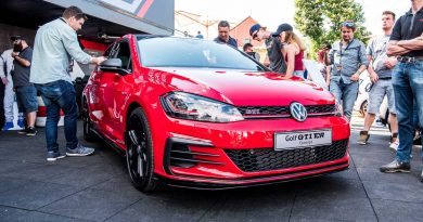 Woerthersee Golf GTI Jamie Orr Volkswagen AUTOmativ.de Benjamin Brodbeck 72 390x205 - VW Golf GTI TCR (2018): Erste Sitzprobe beim GTI-Treffen am Wörthersee