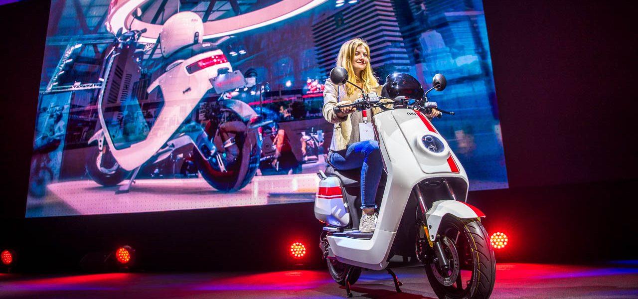 Neue E-Scooter: NIU N-GT und M+ werden in Paris präsentiert – und von uns gefahren!