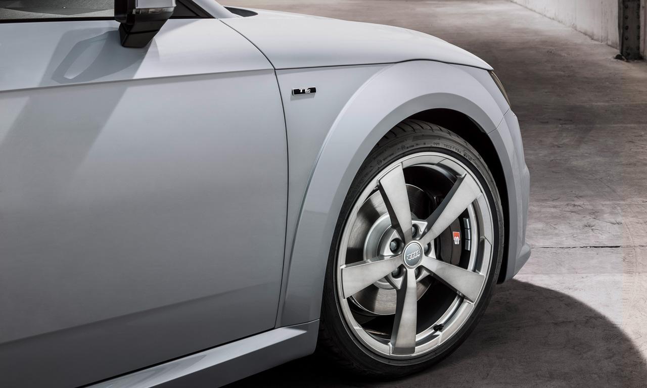 Audi TT 20 Years 20 Jahre Roadster und Coupe AUTOmativ.de Test Review Benjamin Brodbeck 5 - Neuer Audi TT (2018): Sitzprobe im exklusiven und auf 999 Einheiten limitierten Sondermodell