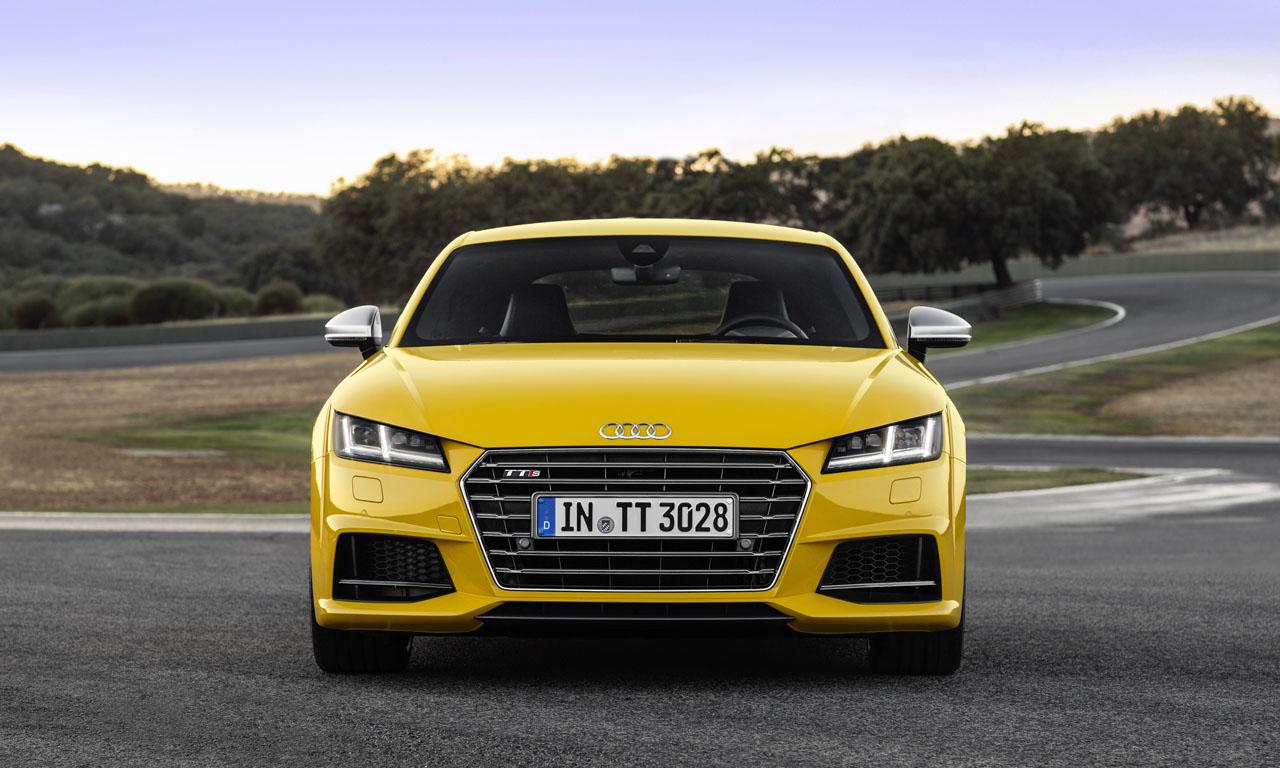 Audi TTS 2015 Modell - Neuer Audi TT (2018): Sitzprobe im exklusiven und auf 999 Einheiten limitierten Sondermodell
