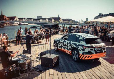 Erstes Audi Elektroauto: Audi e-tron feiert sonnige Supersause in Kopenhagen