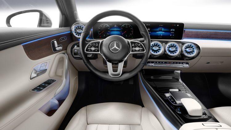 Beitrag 750x422 - Heute ist alles nur noch Mainstream - auch die neue Daimler A-Klasse Limousine