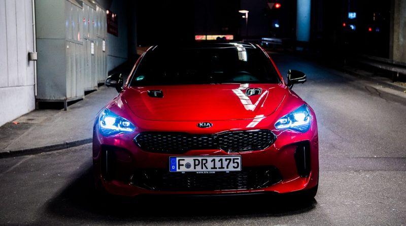 Kia Stinger GT 3.3 AWD 370 PS Fahrbericht und Test AUTOmativ.de Benjamin Brodbeck 56 800x445 - Mit dem Kia Stinger GT durch die Nacht: Wie gut sind die LED-Scheinwerfer?