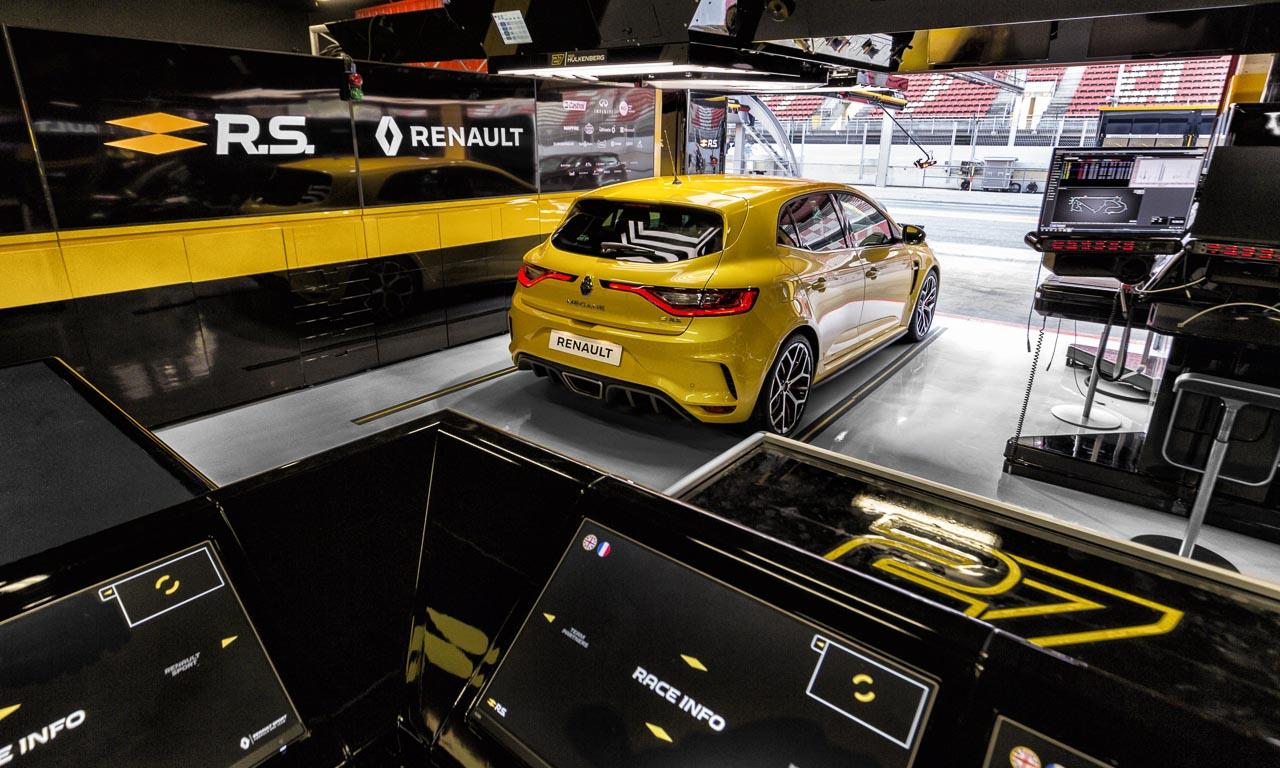Renault Megane R.S. Trophy 3 - Na endlich: der neue Renault Mégane R.S. Trophy mit 300 PS ist da!