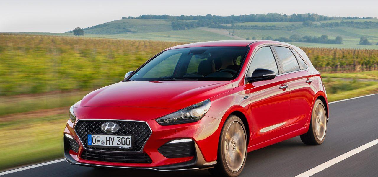 Aufgefrischt: Hyundai i30 mit Fastback-Gesicht zum selben Preis!