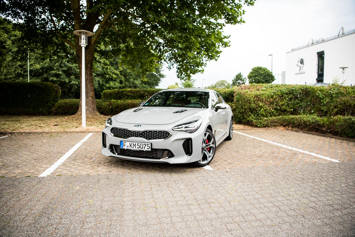 Kia Stinger GT 2018 Fahrbericht und Test zusammen mit Motoreport.de Benjamin Brodbeck AUTOmativ.de  - Ist der neue Kia Stinger GT tatsächlich ein Geheimtipp? Talk!