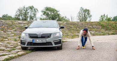 Skoda Octavia RS 245 2018 im Test und Fahrbericht AUTOmativ.de Benjamin Brodbeck 10 390x205 - Zum 60. Jubiläum: Skoda Octavia RS 245 Limousine im Fahrbericht
