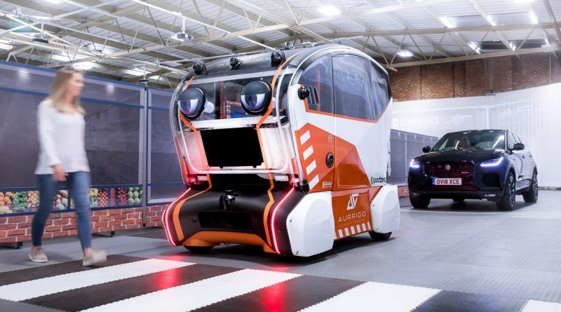 Jaguar Land Rover virtuelle Augen autonomes Fahrzeug AUTOmativ.de Benjamin Brodbeck 2 800x445 - Jaguar baut autonomes Fahrzeug mit Augen - und es erinnert an einen Horrorfilm