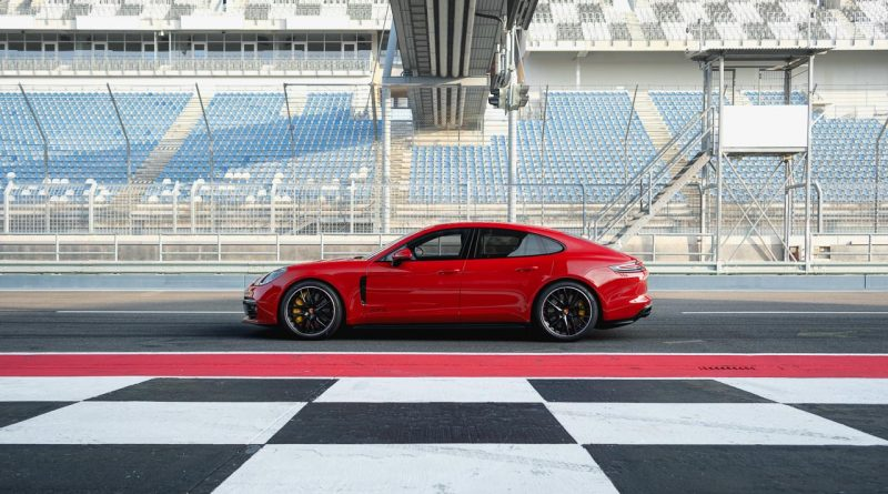 Porsche Panamera GTS 2018 AUTOmativ.de 2 800x445 - Neuer Porsche Panamera GTS als Sport Turismo und Limousine