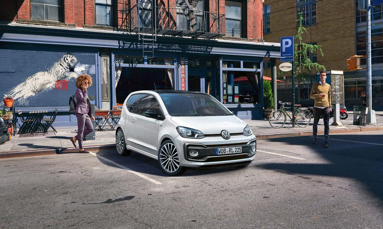 VW Volkswagen up R Line Paket Lifestyle Benjamin Brodbeck AUTOmativ.de  - VW up! R-Line: Knackiger City-Flitzer wird noch frischer