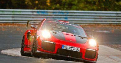 Porsche 911 GT2 RS MR Nordschleife Rekord Lars Kern AUTOmativ 390x205 - Rekorde Nordschleife - Nürburgring Rekordtabelle