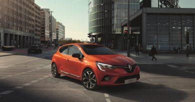 Neuer Renault Clio 2019 AUTOmativ.de Ilona Farsky 390x205 - Neuer Renault Clio: Beliebter Franzose überrascht mit neuem Interieur