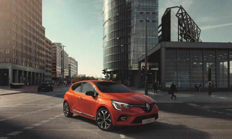 Neuer Renault Clio 8 750x450 - Neuer Renault Clio: Beliebter Franzose überrascht mit neuem Interieur
