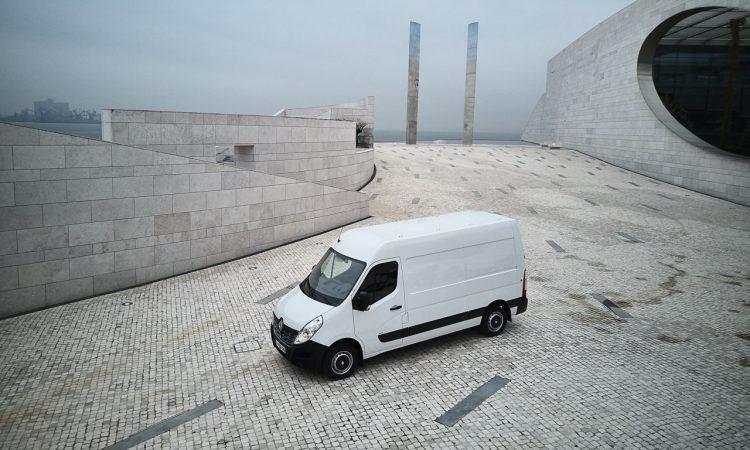 Renault Master Z.E. vs. VW e Crafter AUTOmativ.de Benjamin Brodbeck 12 750x450 - Der VW e-Crafter der Franzosen heißt Renault Master Z.E. - Überblick!