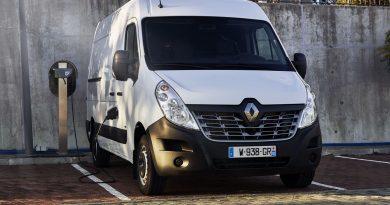 Renault Master Z.E. vs. VW e Crafter AUTOmativ.de Benjamin Brodbeck 9 390x205 - Der VW e-Crafter der Franzosen heißt Renault Master Z.E. - Überblick!