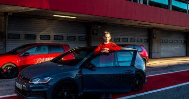 Volkswagen VW Golf GTI TCR Rennwagen und Strassenauto im Test und Fahrbericht TCR AUTOmativ.de Benjamin Brodbeck LQ 12 390x205 - Test VW Golf GTI TCR: Wie viel Rennwagen steckt im Super-Golf 7?