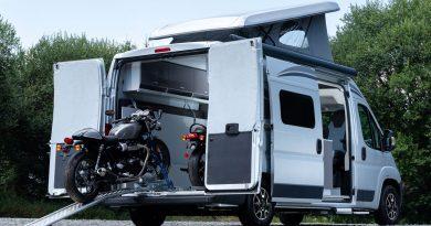 Citroën Jumper Biker Solution Wohnmobil Reisemobil AUTOmativ.de 2 390x205 - Wenn Motorrad und Camping fusionieren: Citroën Jumper Biker Solution Wohnmobil
