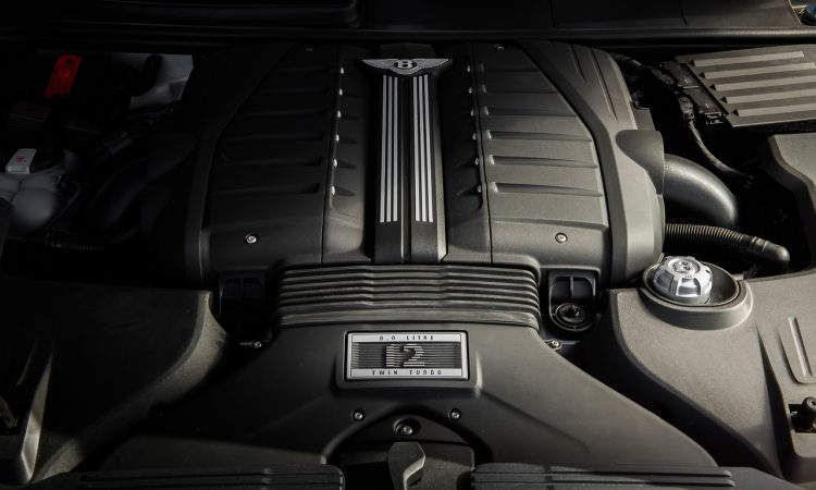 Neuer Bentayga Speed ist der weltweit schnellste SUV aus Serienfertigung 306 Kmh AUTOmativ.de 21 750x450 - 1 Km/h schneller als Urus - Bentley Bentayga Speed ist schnellstes Serien-SUV der Welt