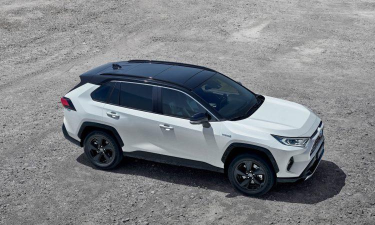Toyota RAV 4 Hybrid AUTOmativ.de 7 750x450 - Der neue Toyota RAV4 Hybrid startet bei 32.990 Euro