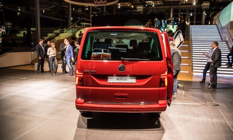 Volkswagen VW T6.1 Bulli T6 Facelift erste Sitzprobe und Review Walkaround Hat sich so viel geaendert 12 750x450 - Sitzprobe im neuen VW T6.1 Bulli Facelift: MIB3-System und mehr Assistenz!