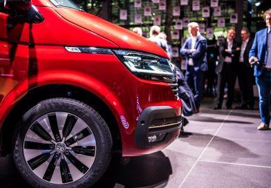 Sitzprobe im neuen VW T6.1 Bulli Facelift: MIB3-System und mehr Assistenz!
