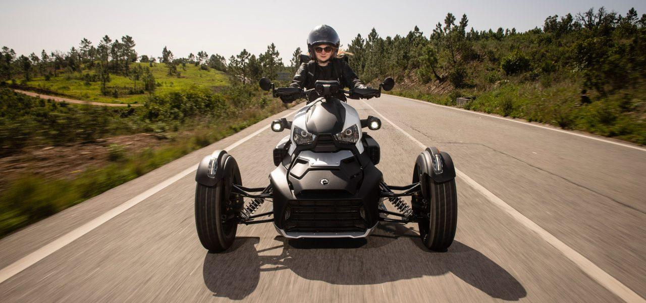 BRP Can Am Ryker 2019 im Test und Fahrbericht AUTOmativ.de Ilona Farsky 55 1280x600 - BRP Can-am Ryker Rally Edition im Test: Dreiräder auf den Straßen schon bald keine Seltenheit mehr?