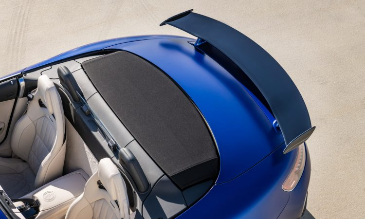 Mercedes AMG GT R Roadster 11 750x450 - Neuer offener Sternenwagen: Mercedes-AMG GT R Roadster