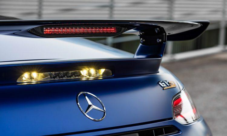 Mercedes AMG GT R Roadster 12 750x450 - Neuer offener Sternenwagen: Mercedes-AMG GT R Roadster