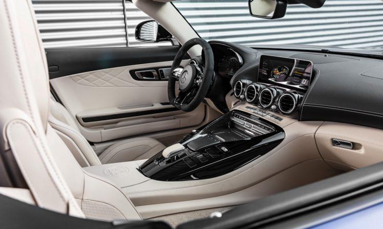 Mercedes AMG GT R Roadster 6 750x450 - Neuer offener Sternenwagen: Mercedes-AMG GT R Roadster