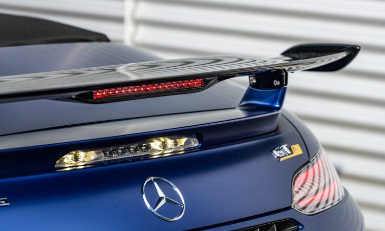 Mercedes AMG GT R Roadster 9 750x450 - Neuer offener Sternenwagen: Mercedes-AMG GT R Roadster