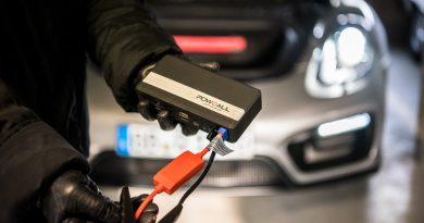 Oldtimer 14.000mAh Pow all Starthilfe BWIdee Test mit Porsche Boxster GTS 5 390x205 - Test: 14.000 mAh Pow all Starthilfe von BWIdee