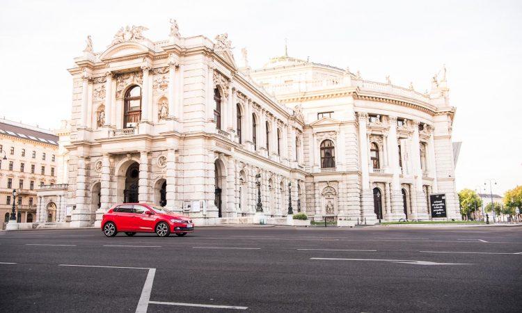 Volkswagen VW Polo GTI Wien Vienna Fahrbericht Test Hofburg Wien AUTOmativ.de Benjamin Brodbeck 6 750x450 - VW Polo GTI im Alltagstest: Der beste GTI aller Zeiten?