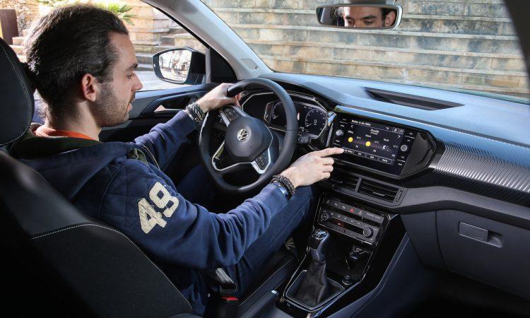 Volkswagen VW T Cross Style im Test und Fahrbericht AUTOmativ.de Benjamin Brodbeck 55 750x450 - Neuer VW T-Cross Style 1.0 (115 PS) im Test: Besser als T-Roc?