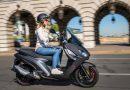 Der neue Peugeot Pulsion Roller Motorrad im Test AUTOmativ.de Ilona Farsky 19 130x90 - Vorsicht sportlich! Das Concept 508 Peugeot Sport Engineered Neo-Performance