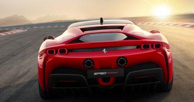 Neuer Ferrari SF90 Stradale mit 1.000 PS und Allradantrieb
