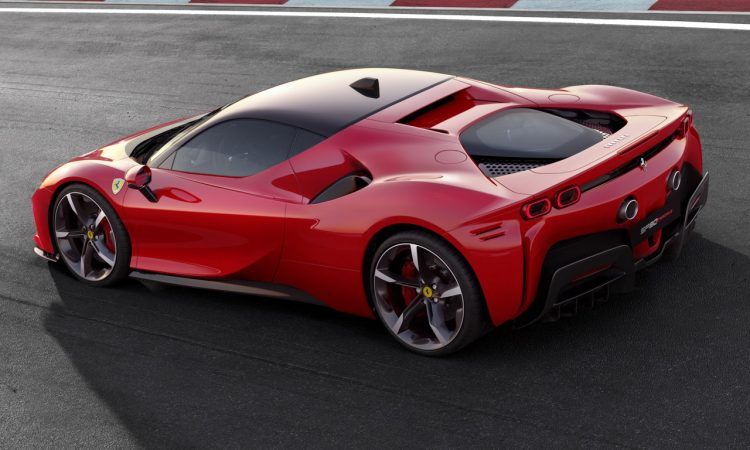 Ferrari SF90 Stradale 2020 AUTOmativ.de Benjamin Brodbeck 7 750x450 - Neuer Ferrari SF90 Stradale mit 1.000 PS und Allradantrieb