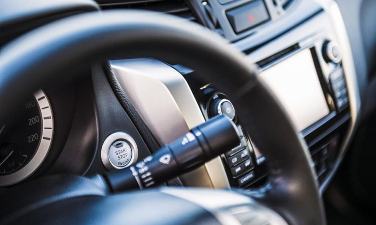 Renault Alaskan dCi 180 Pick Up Lastenesel im Test und Fahrbericht AUTOmativ.de Benjamin Brodbeck Nissan Navara Mercedes X Klasse 8 750x450 - Fahrbericht Renault Alaskan dCi 190 Intense: König der Baustelle