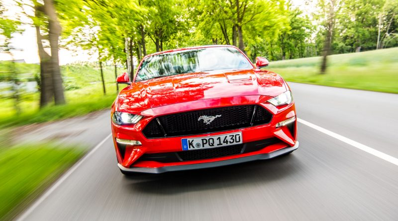 fahrbericht ford mustang gt cabrio v8 urgewaltiges. Black Bedroom Furniture Sets. Home Design Ideas