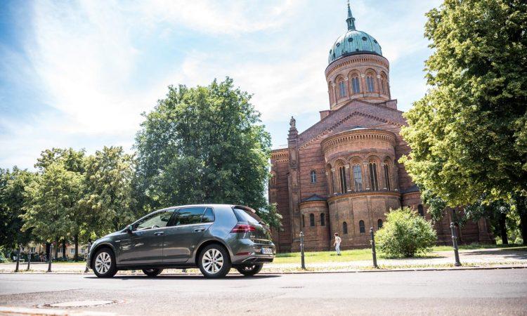 CNG Days VW Golf TGI Test und Fahrbericht 22 750x450 - Neuer Erdgas-Golf TGI (CNG) im Test: Mit vier Strohballen 11.400 Kilometer weit - CO2-neutral!