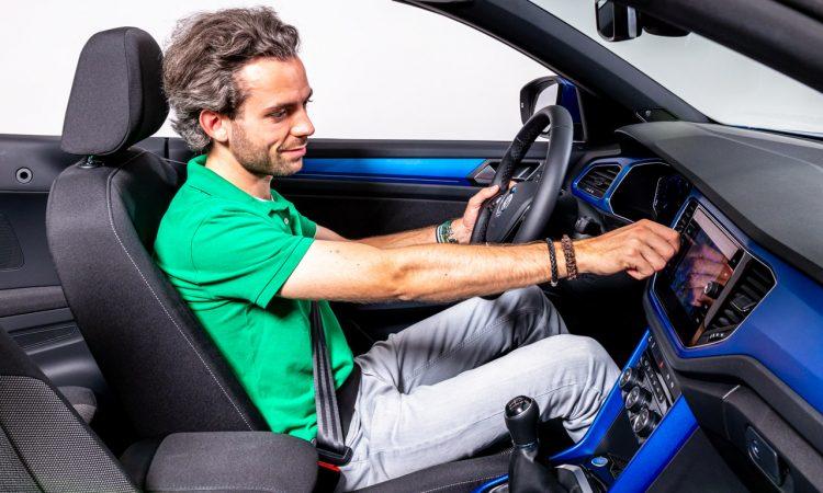 Volkswagen VW T Roc Cabriolet erste Sitzprobe AUTOmativ.de Benjamin Brodbeck 12 750x450 - Neues VW T-Roc Cabriolet: Herzkammerflimmern bei der ersten Sitzprobe?