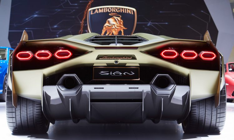 Lamborghini Sian IAA 2019 15 750x450 - Lamborghini Sián - ein italienischer Traum mit grünem Anstrich
