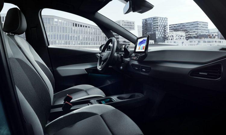 VW ID.3 IAA 2019 AUTOmativ.de 2 750x450 - Neuer ID.3 (2020): Erste Sitzprobe im vollelektrischen MEB-Volkswagen!