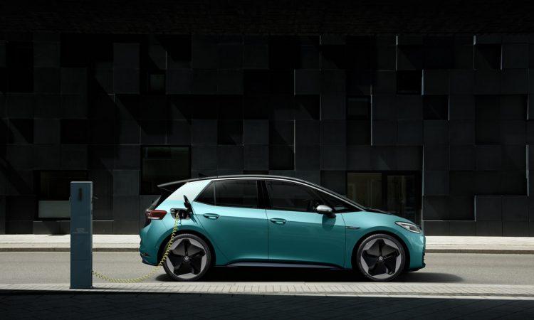 VW ID.3 IAA 2019 AUTOmativ.de 8 750x450 - Neuer ID.3 (2020): Erste Sitzprobe im vollelektrischen MEB-Volkswagen!