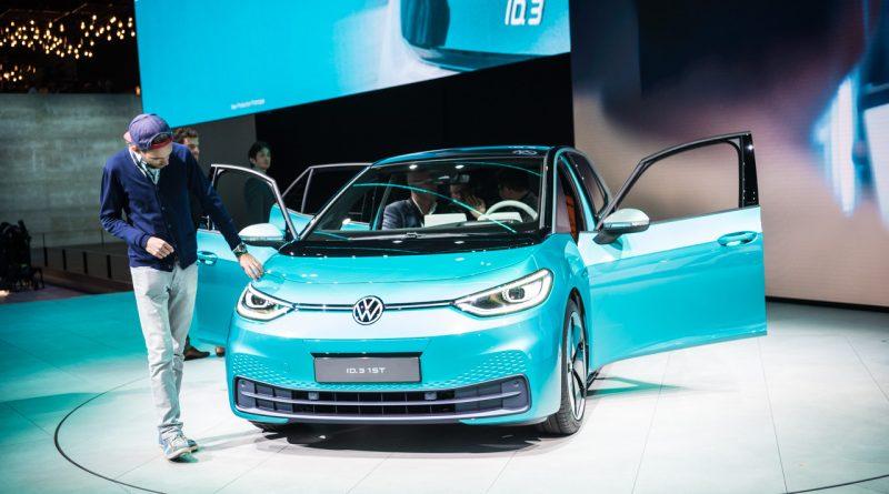 Volkswagen VW ID.3 IAA 2019 Review Sitzprobe Benjamin Brodbeck AUTOmativ.de 22 800x445 - Neuer ID.3 (2020): Erste Sitzprobe im vollelektrischen MEB-Volkswagen!