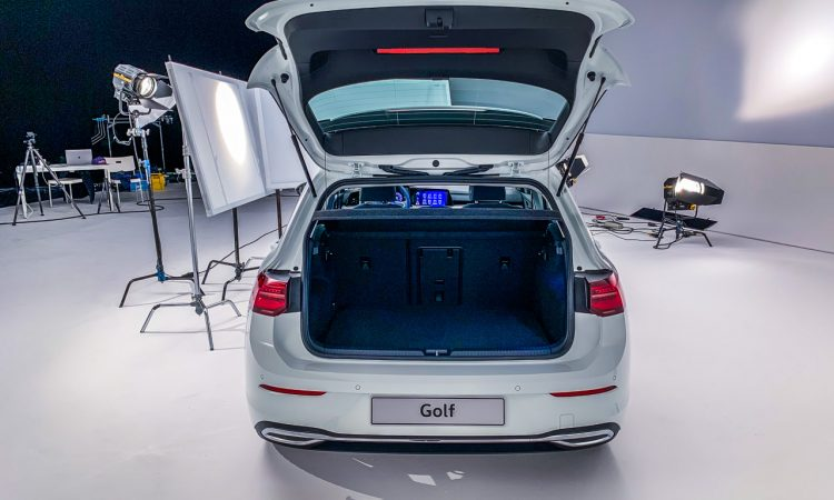 Volkswagen VW Golf 8 Style Shooting Test Sitzprobe Neuer Golf Test AUTOmativ.de Benjamin Brodbeck 28 750x450 - Sitzprobe neuer VW Golf 8 (2020): Doch (noch) besser als ID.3?
