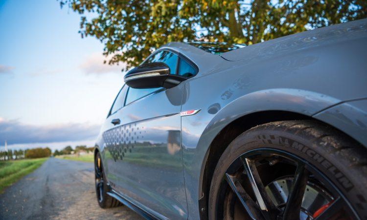 Volkswagen VW Golf GTI TCR 2019 im Test und Fahrbericht Ausstattung Preis Leistung AUTOmativ.de Benjamin Brodbeck 10 750x450 - VW Golf GTI TCR im Alltagstest: Wolfsburger Performance-Melange