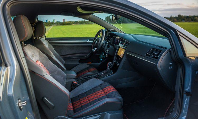 Volkswagen VW Golf GTI TCR 2019 im Test und Fahrbericht Ausstattung Preis Leistung AUTOmativ.de Benjamin Brodbeck 13 750x450 - VW Golf GTI TCR im Alltagstest: Wolfsburger Performance-Melange
