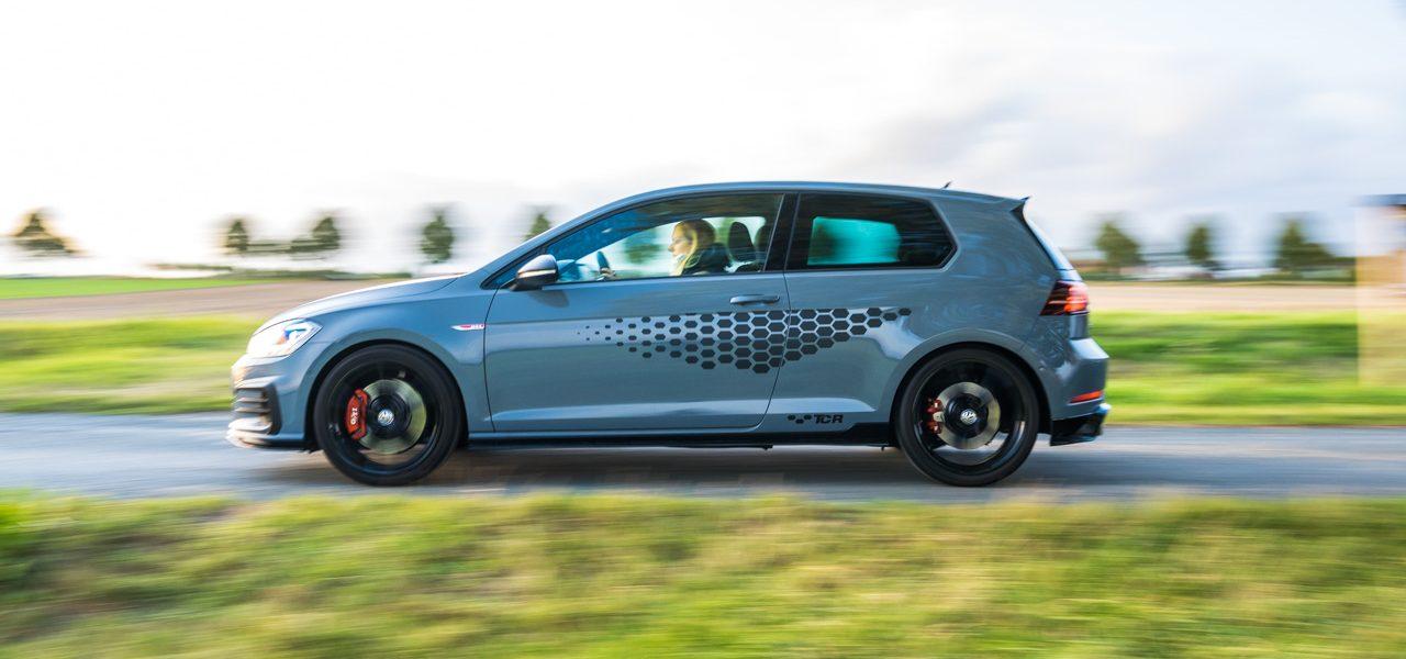 Volkswagen VW Golf GTI TCR 2019 im Test und Fahrbericht Ausstattung Preis Leistung AUTOmativ.de Benjamin Brodbeck 17 1280x600 - VW Golf GTI TCR im Alltagstest: Wolfsburger Performance-Melange